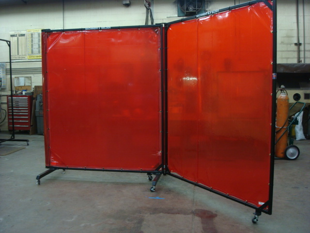 pvcstripcurtains.com welding curtains folded type booth manufacturers in Chennai, supply all over Indian Market